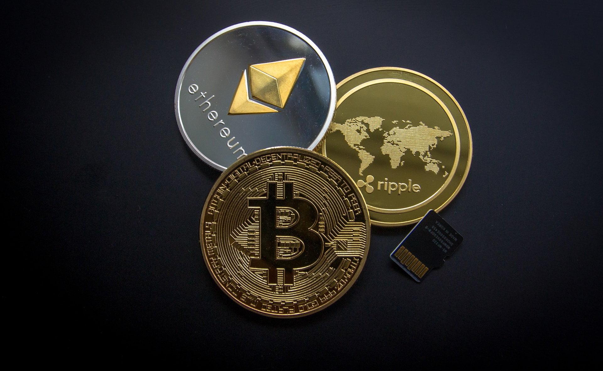 Suurimpia kryptovaluuttoja ovat Bitcoin, Ethereum ja Ripple